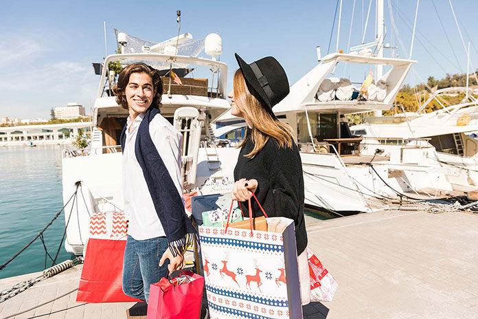 Stylowe zakupy - buty i torebki jako oryginalny element stylizacji