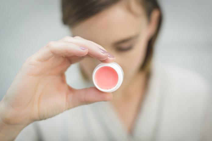 Kosmetyki organiczne – dlaczego warto je stosować?