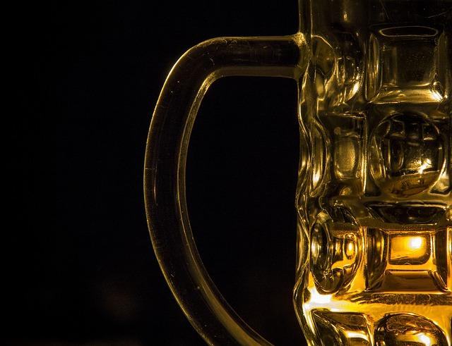 Drożdże gorzelnicze i domowa produkcja alkoholu